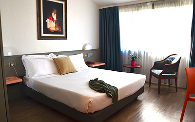 green-hotel-economy-02