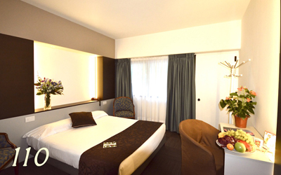green-hotel-economy-04