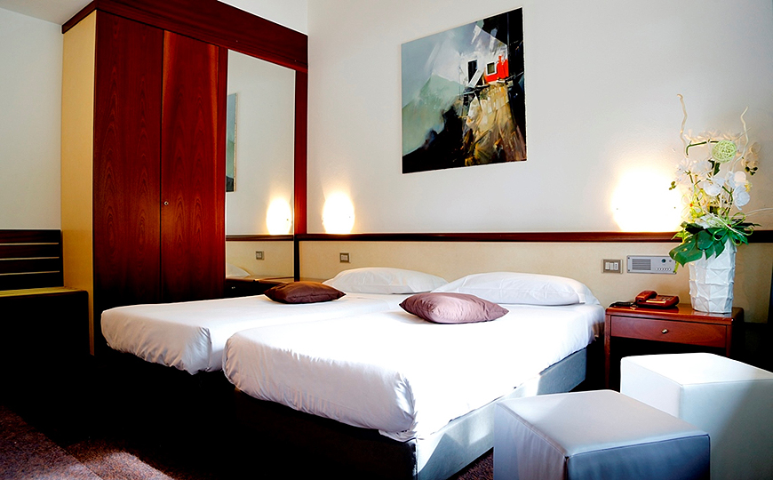 green-hotel-tripla-01