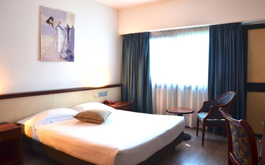 green-hotel-tripla-02